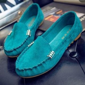 Shoes - 🆕Teal suede espadrilles w/rubber no slip bottom 7